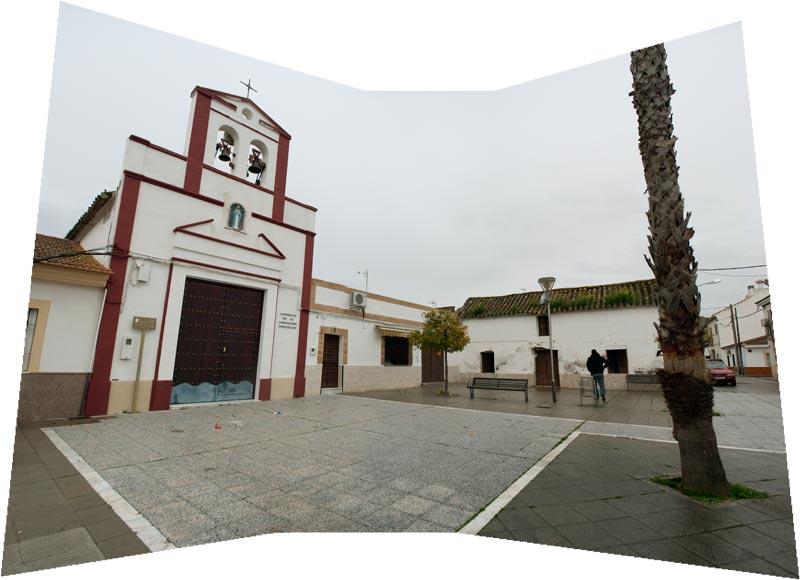 Foto de la plaza de Aldea Quintana