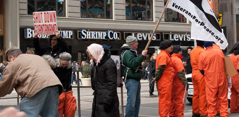 Protestantes contra guantanamo
