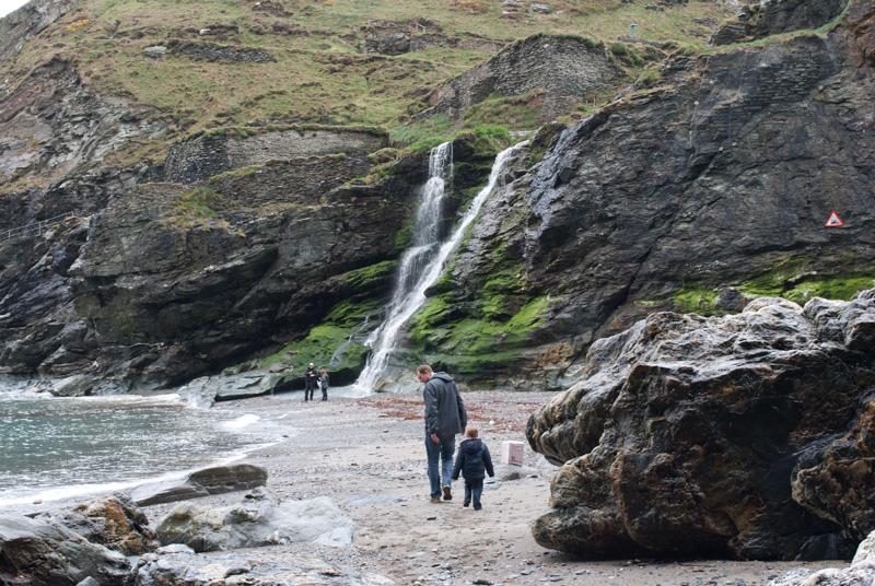 Cascadas de Tintagel, tal vez de lluvia