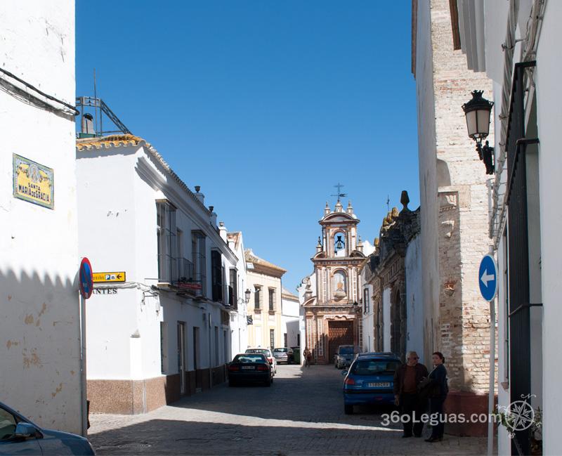 al final de la calle, otra iglesia